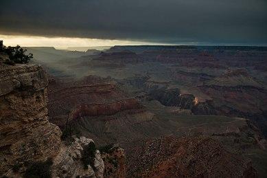 Raggi nel Canyon